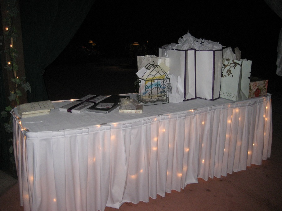 Gift table a wedding wish wedding recap erin erik 91209 gift table negle Images
